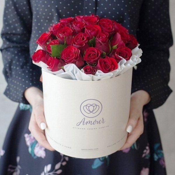 Send flowers for the Ukrainian women you talk to online