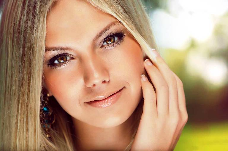 Ukrainian blonde searching for love and marriage abroad