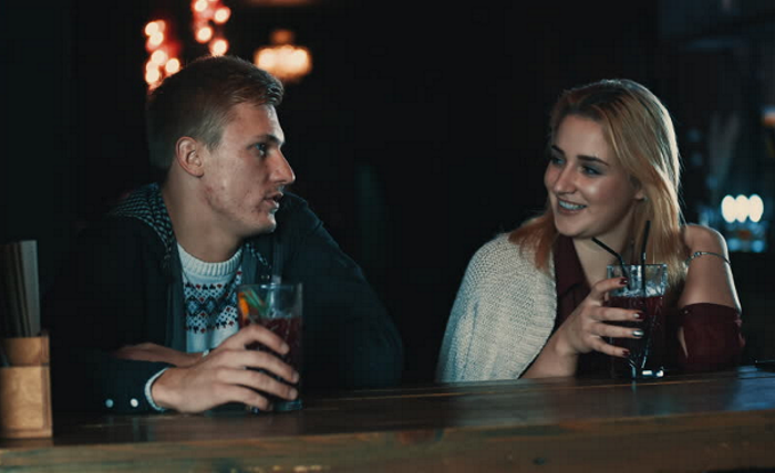 Picture of man on date